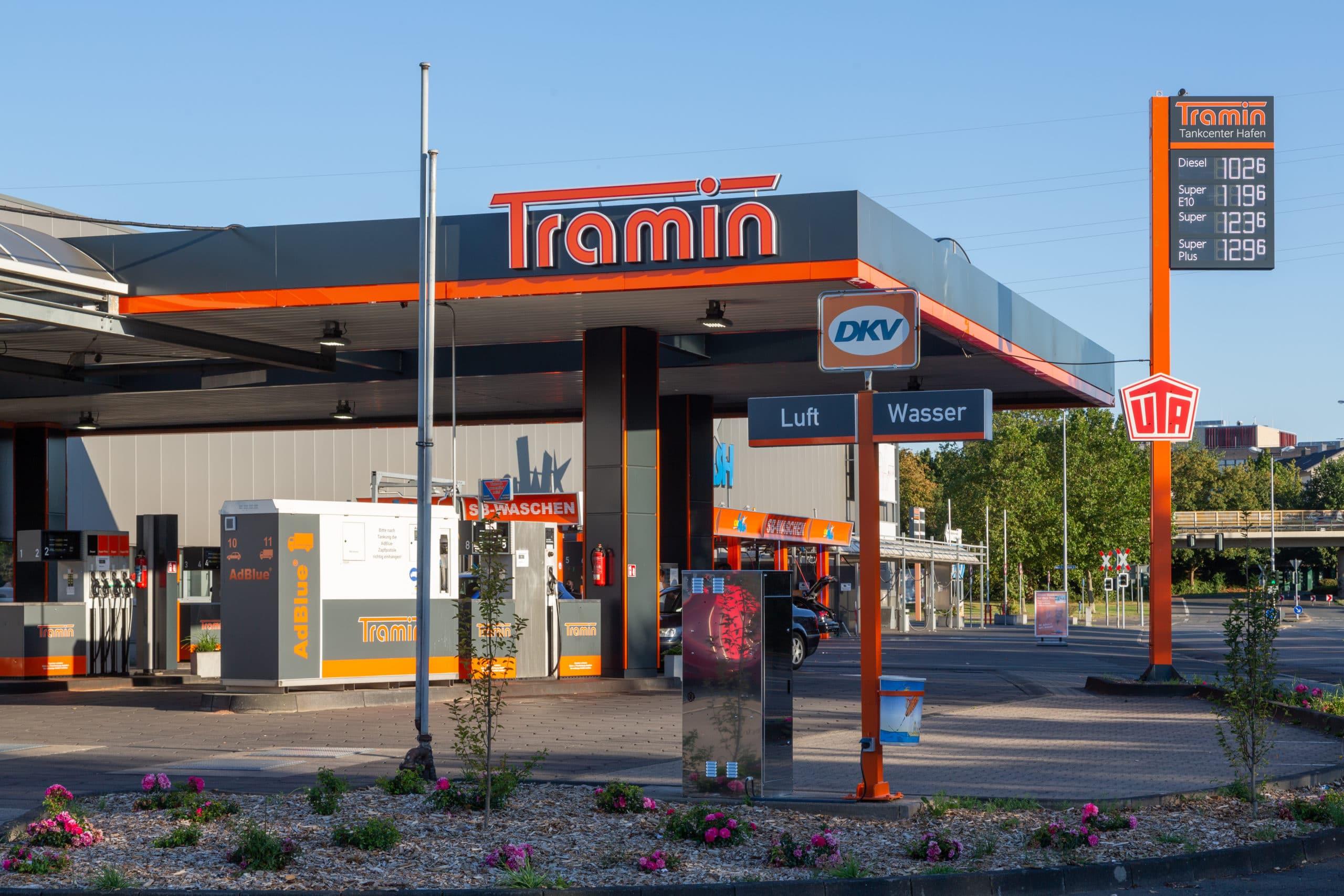 Tramin Tankcenter Hafen